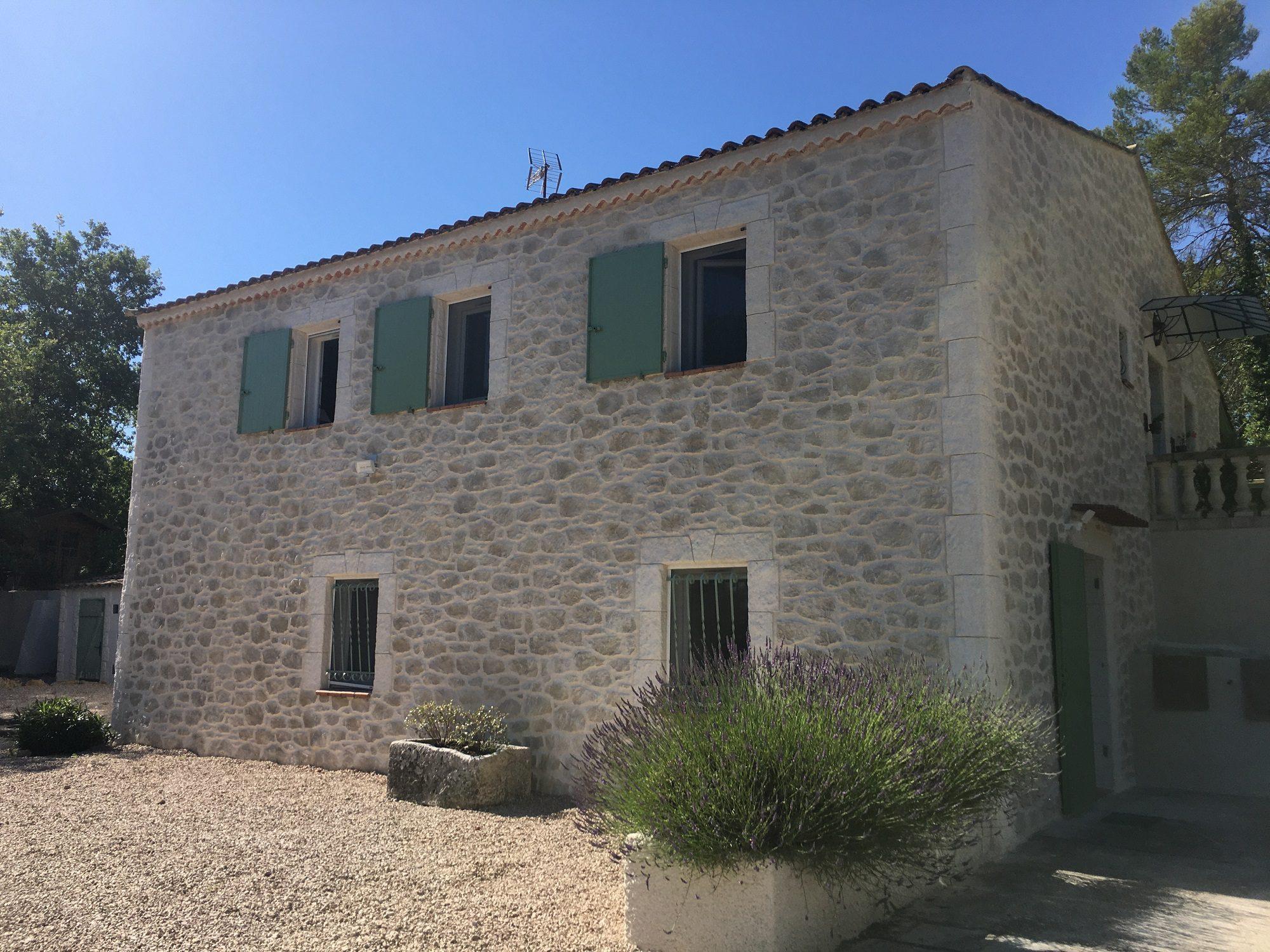 Rénovation de façade d'une bastide à Tourves (83)