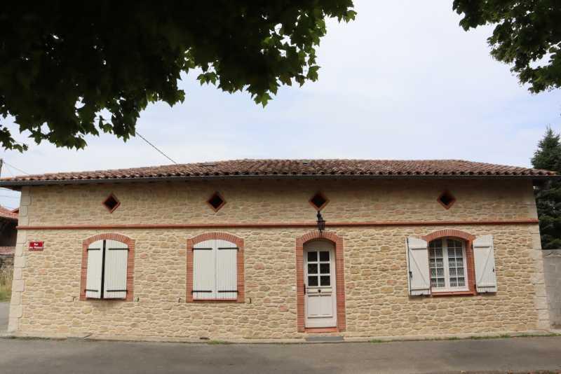 Rénovation de façade en pierres et briquettes Lavelanet de comminges