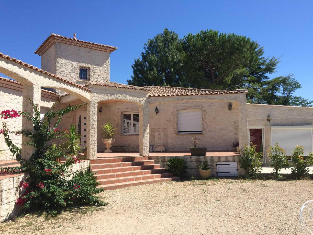 Rénovation d'une maison provençale proche de Nîmes (30)