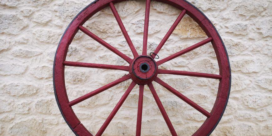 Rénovation de façades en enduit fausses pierres, proche de Lunel dans l'Hérault
