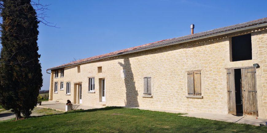 Rénovation de façades en imitation pierres sur l'axe Belpech, Mirepoix, Castelnaudary
