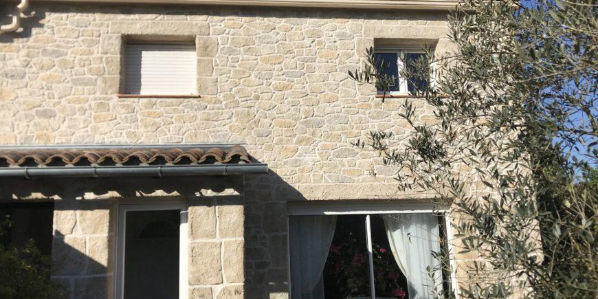 Rénovation façade effet pierres, maison village Villefranche-de-Lauragais (31)
