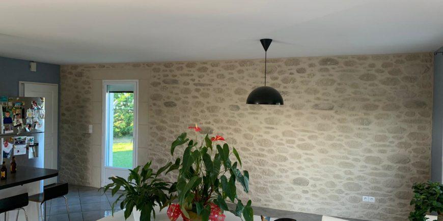 Mur intérieur en décoration pierres, Saint-Gaudens, Haute-Garonne (31)